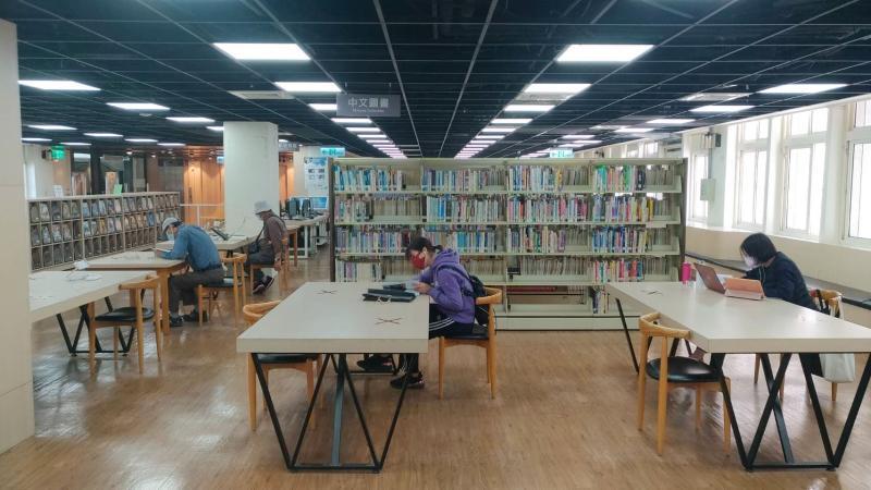 嘉市圖書館防疫梅花座並提早休館