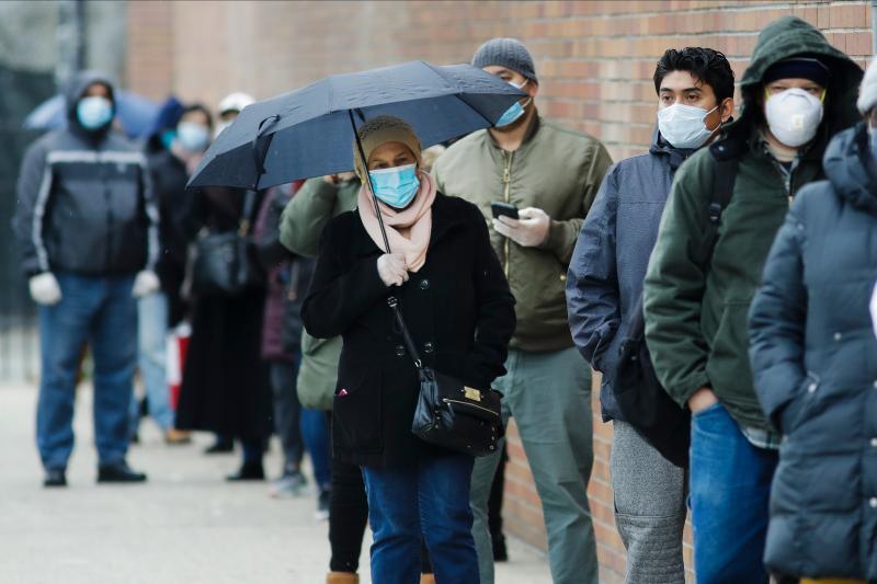 ▲紐約州古莫 23 日表示,不排除全州有 270 萬人口曾經或已經感染新冠肺炎。圖為近日紐約布魯克林。(圖/美聯社/達志影像)
