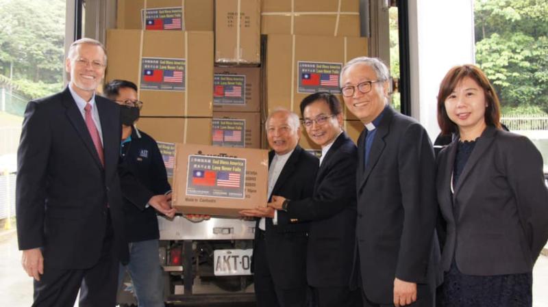 <b>患難見真情</b>!贈17國防疫物資 美大讚台灣是「真朋友」