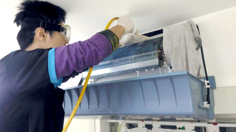 NOWNEWS0426_信義房屋提供冷氣清潔優惠,預約量爆增