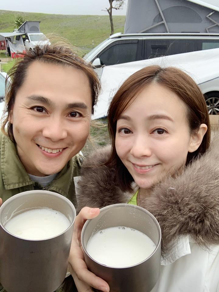 <br> ▲季芹(右)跟王仁甫結婚14年。(圖 / 翻攝臉書)