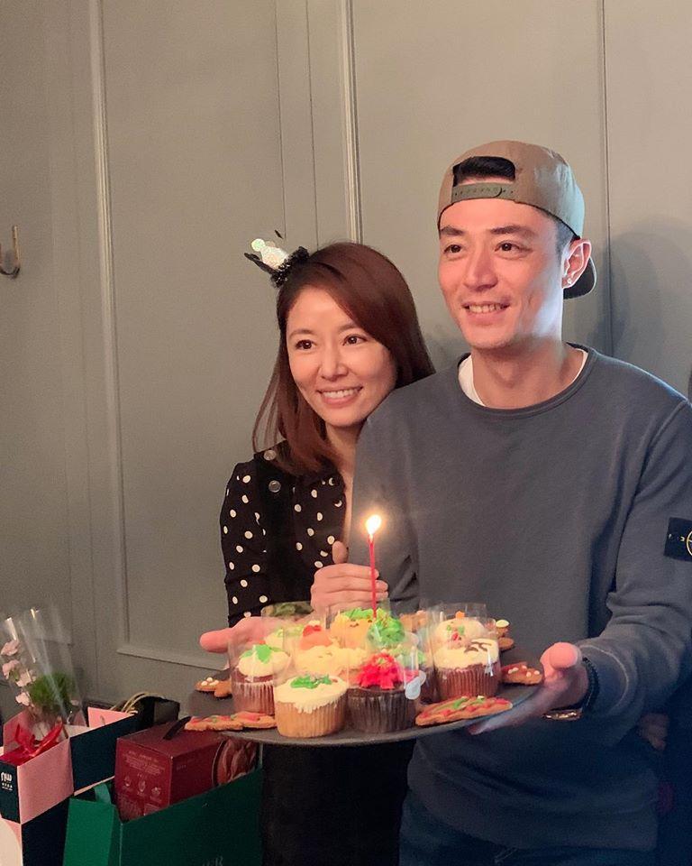 <br> ▲林心如(左)2016年嫁給小3歲的藝人霍建華(右)。(圖/林心如臉書)