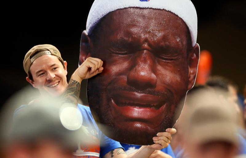 NBA/喬丹奪冠之路太坎坷 詹皇:我差點看到哭