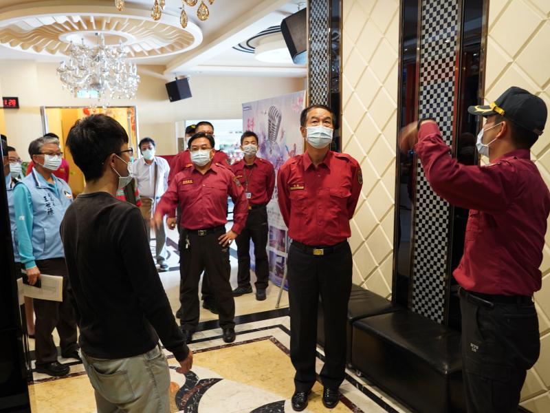 防範火災憾事 金門消防局今突襲檢查視聽歌唱場所