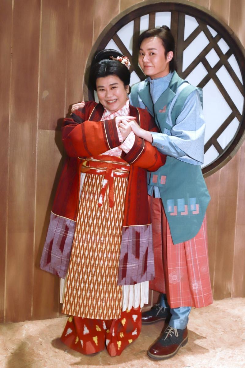<br> ▲林美秀(左)、許富凱首度挑戰歌仔戲。(圖 / 民視提供)