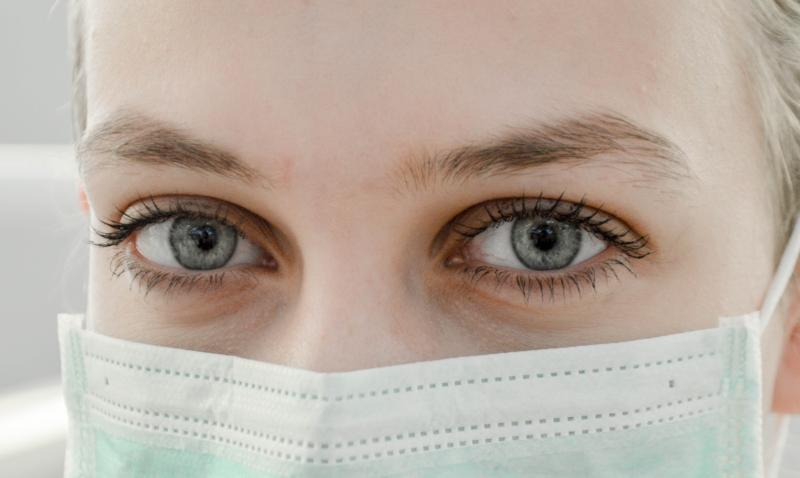 ▲美國新冠肺炎確診病例數佔全球的 1/3  。(示意圖,非當事人/取自 Unsplash )