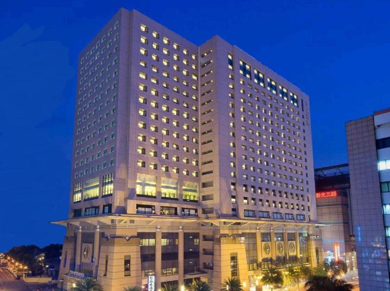台南知名的大億麗緻酒店不堪疫情衝擊,驚傳將於今(109)年6月30日終止營運。