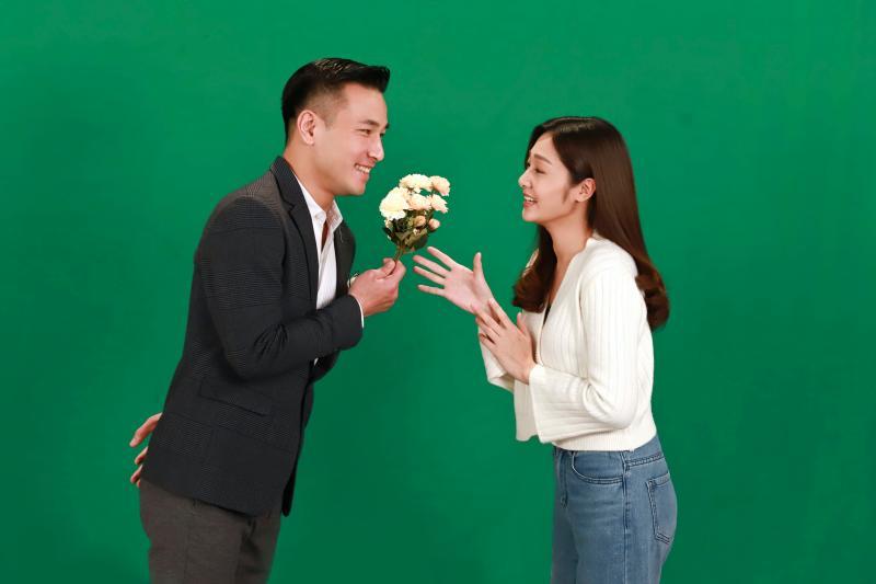 <br> ▲傅子純、邱子芯(右)在劇中是一對。(圖 / 民視提供)