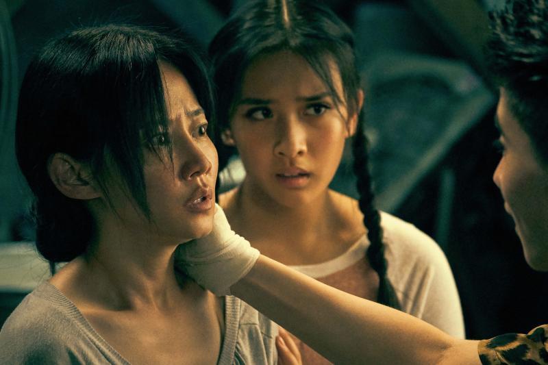 ▲譚卓(左)是《誤殺》女主角。(圖/車庫)