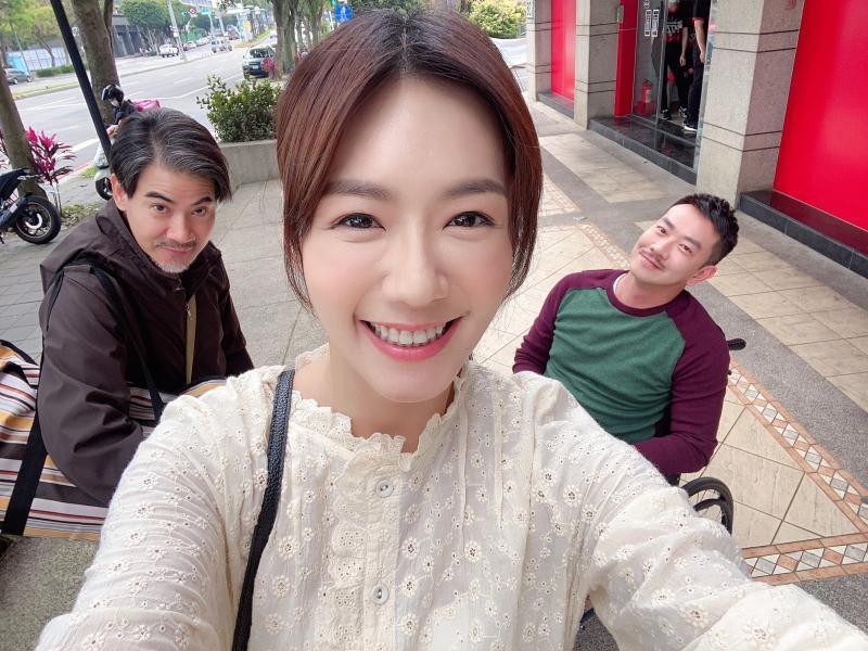 <br> ▲翁家明(左起)、李又汝、江俊翰演出《多情城市》。(圖 / 民視提供)