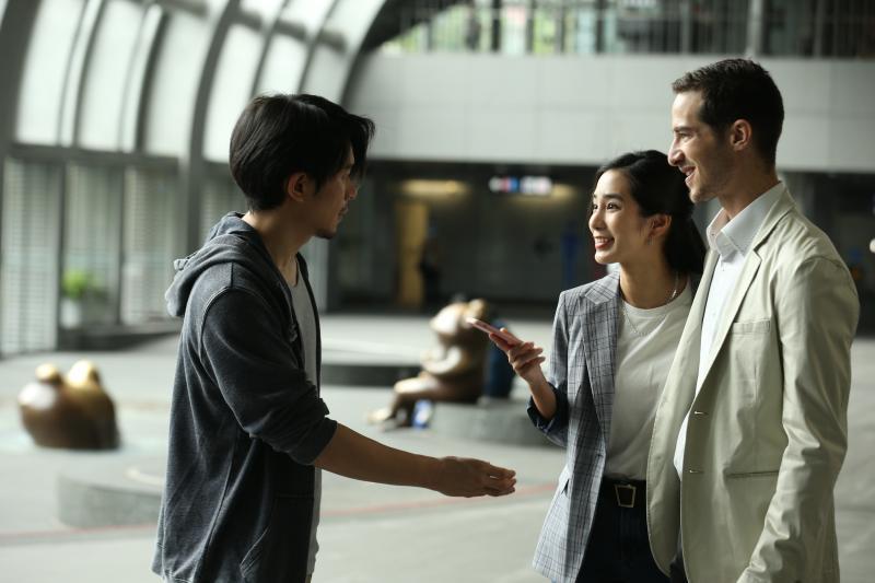 温貞菱巧遇分手前男友 他放不下自嘲「一直走一直錯」