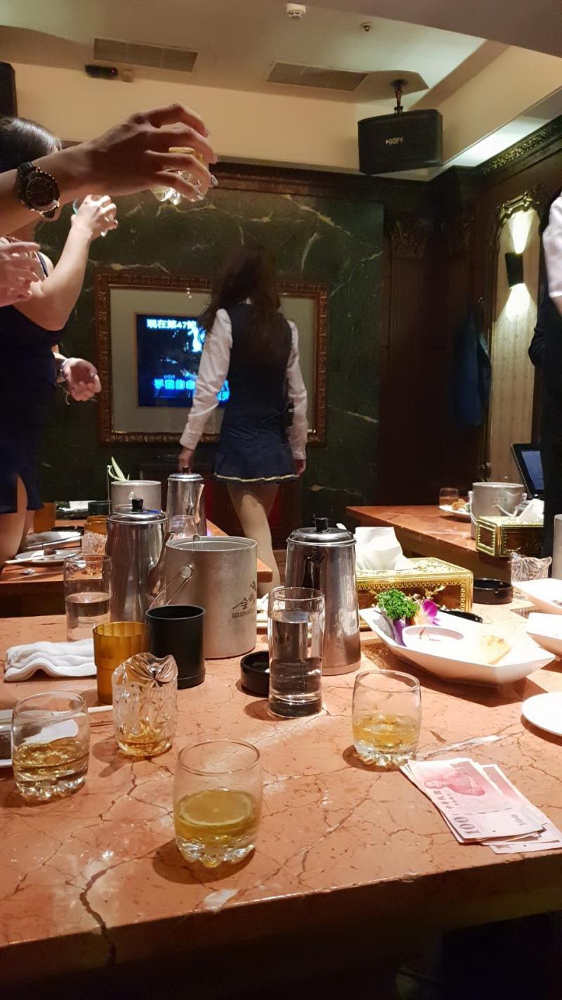 米妮傳播吸收5名未成年少女坐檯陪酒
