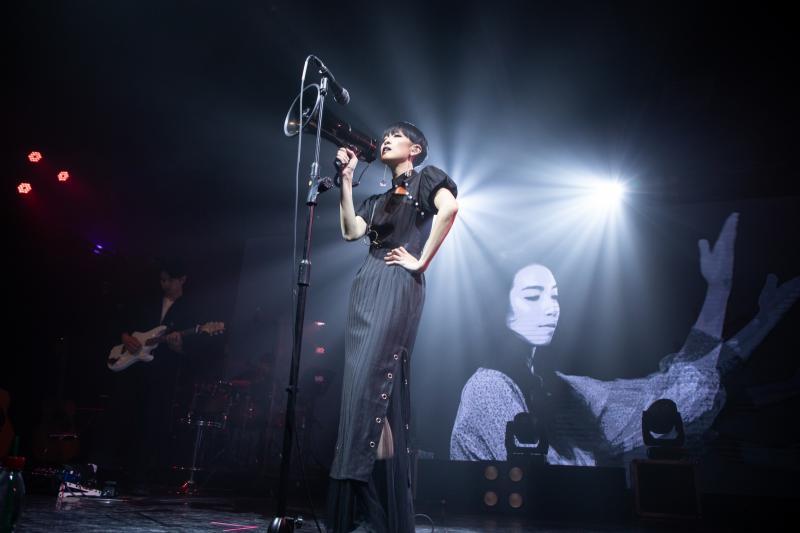 創造自己音樂國度的「女王」