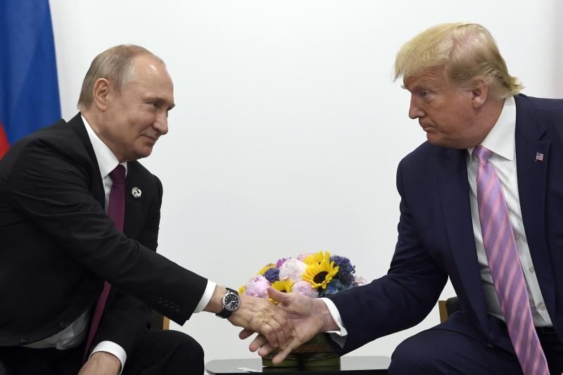 ▲俄羅斯總統普丁(左)與美國總統川普(右)。資料照。(圖/美聯社/達志影像)