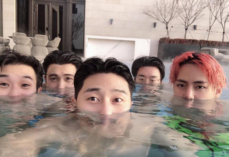 ▲崔宇植(左起)、朴炯植、朴敘俊與BTS