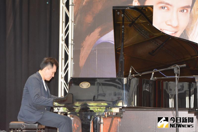 陳冠宇戶外鋼琴獨奏會 企業慈善贈票弱勢孩子