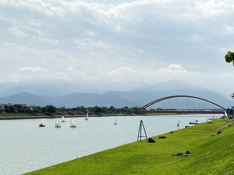 冬山河景色怡人但平常遊客並不多,宜蘭縣政府打算招商活絡