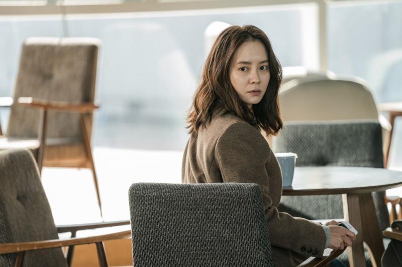 ▲宋智孝片中飾演失蹤25年後返家的妹妹。(圖/車庫娛樂)
