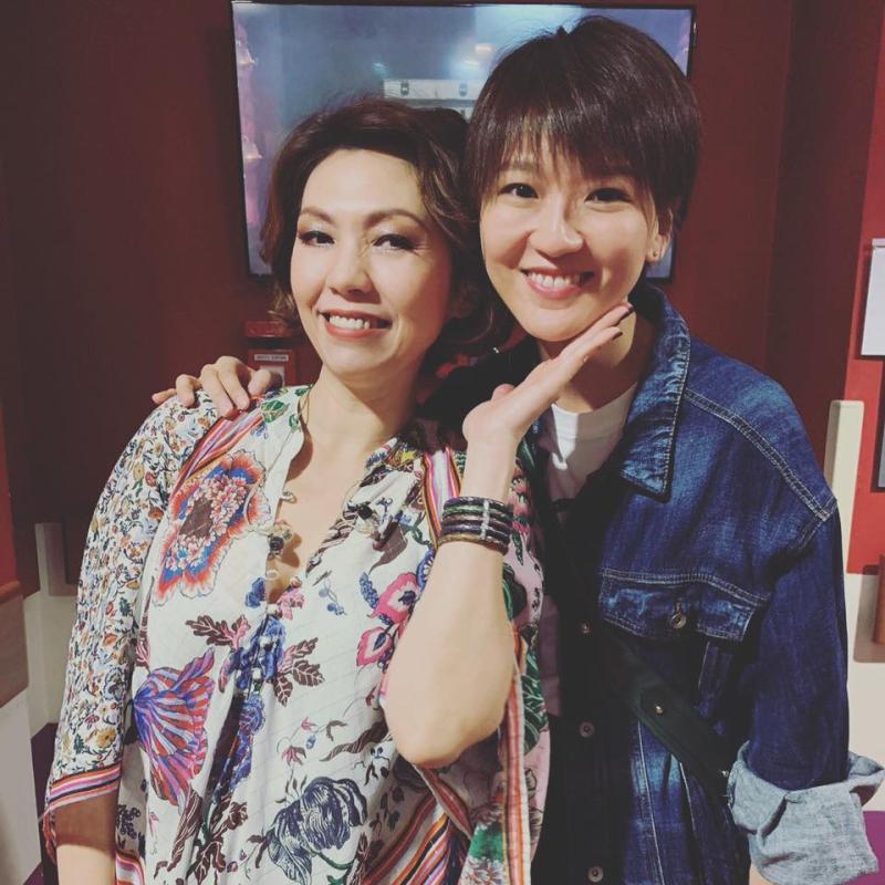 ▲蔡淳佳、陳潔儀(左)都是來自新加坡的實力派唱將。(圖/蔡淳佳臉書)