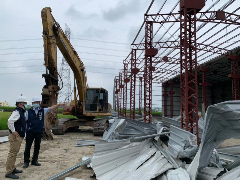 捍衛農地合法使用     中市府施鐵腕強制拆農地違建工廠