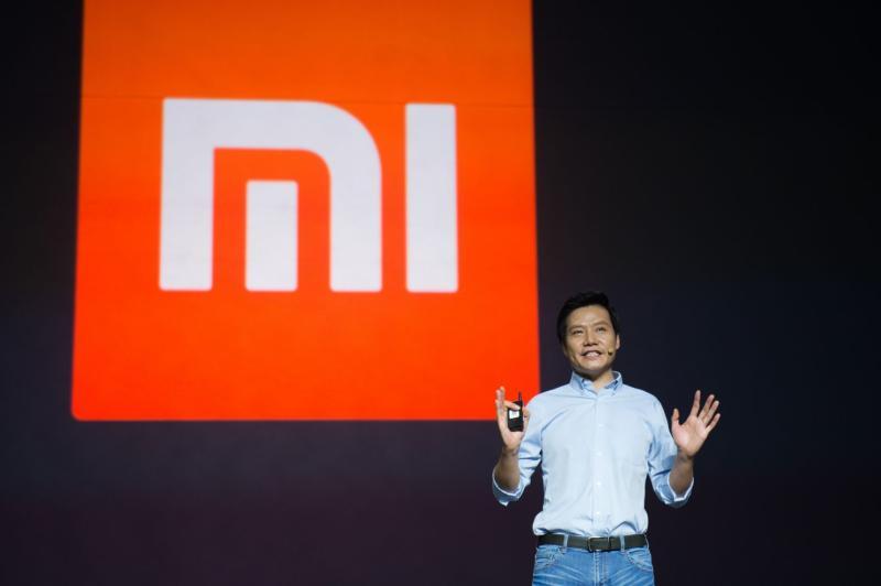 <b>小米</b>CEO拿iPhone引陸網友眾怒 員工:不用蘋果不稱職
