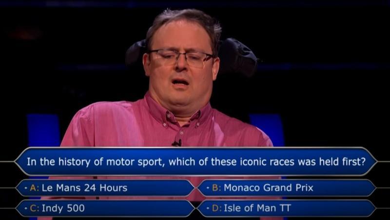 ▲一位英國醫生參加益智問題節目,連續答對 14 題剩 1 題便可抱走 100 萬英鎊獎金,但卻選擇放棄。(圖/翻攝自「Who Wants To Be A Millionaire?」YouTube影片截圖)