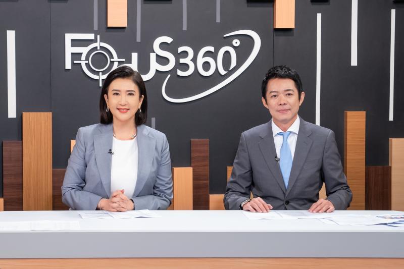 ▲方念華(左)和TVBS國際特派員林宏宜展現好默契。(圖/TVBS提供)