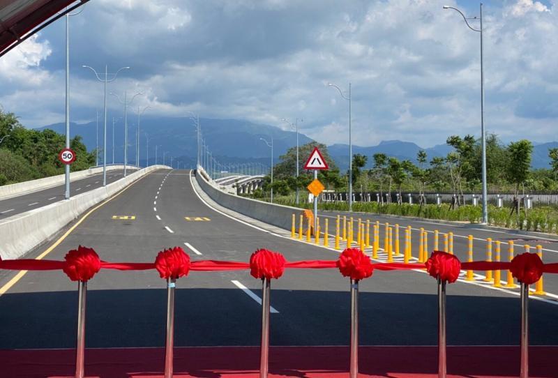 ▲雲科工聯外道路2.78公里,有益於工業區所需之運輸功能,提供地區性東西向交通服務。(圖/記者蘇榮泉攝,2020.05.17)