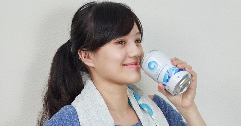 喝水沒味道所以不愛?氣泡氫水兼顧口感、零負擔