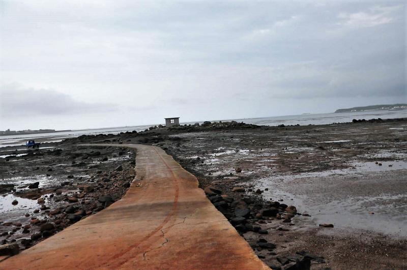 老翁釣魚未歸 車在知名網紅景點「海中碉堡」發現