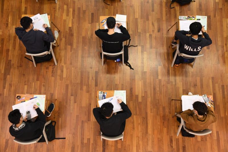 ▲香港中學文憑考試( DSE )(圖/翻攝自《香港 01 》)