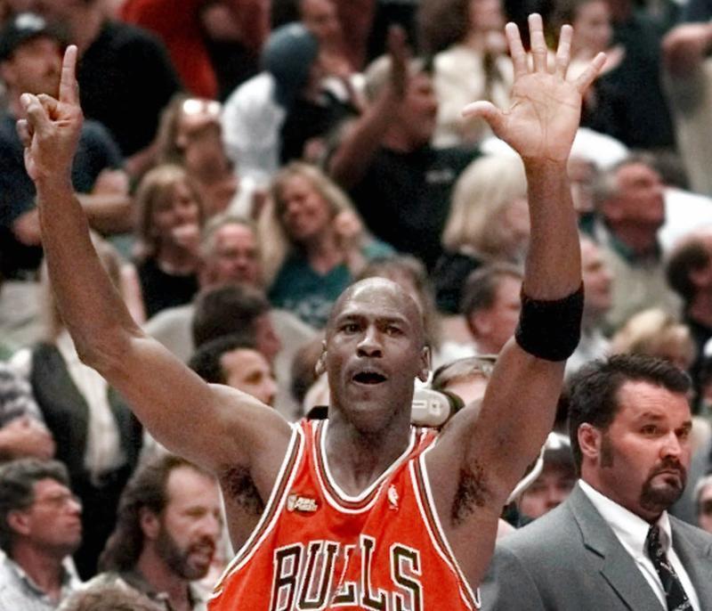 NBA/昔喬丹對爵士最後一擊有爭議?當年裁判說出內心話