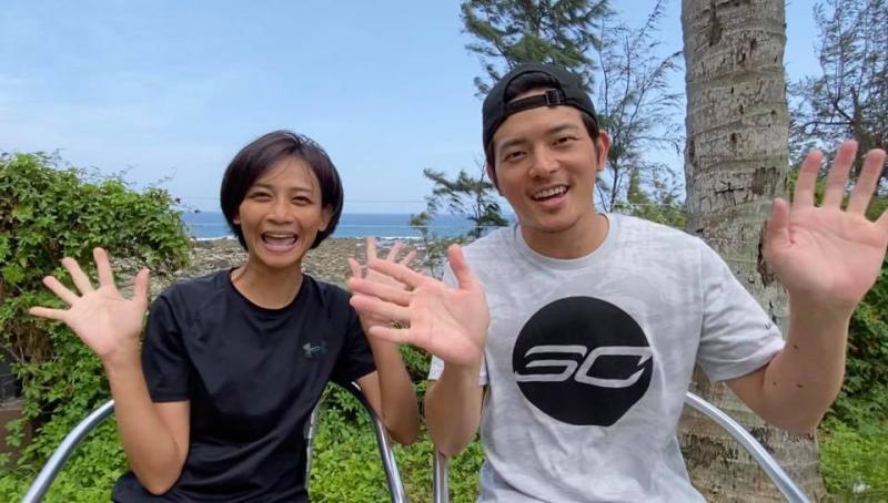 ▲宥勝與老婆小嫻(左)鶼鰈情深。(圖/宥勝臉書)