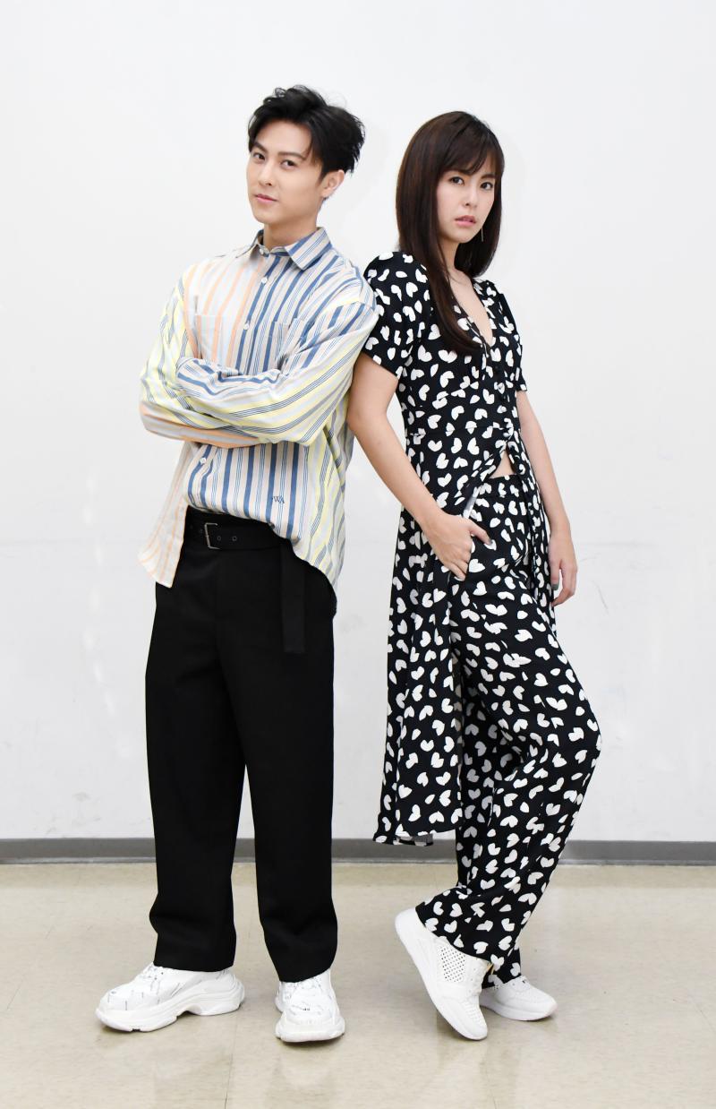 ▲邱勝翊(左)、任容萱努力詮釋出角色個性。(圖