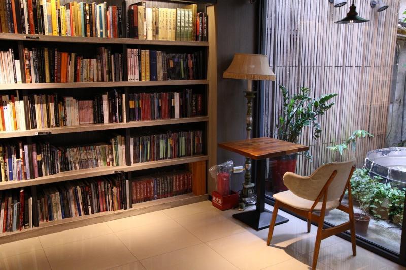 初聲/茉莉二手書店 賦予舊書新生命