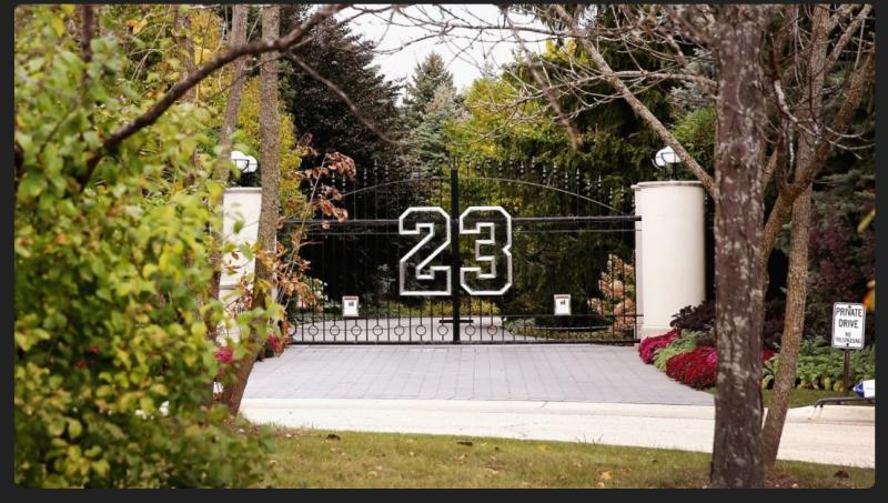 ▲芝加哥公牛「飛人」Michael Jordan豪宅。(圖/取自Celebrity Toys)