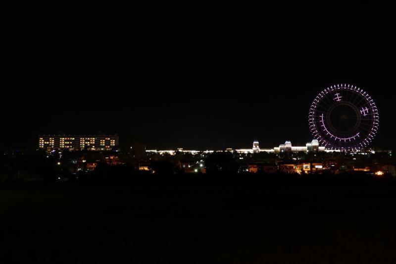 ▲麗寶樂園和麗寶福容飯店攜手點燈,為防疫英雄加油。(圖/文化總會提供)