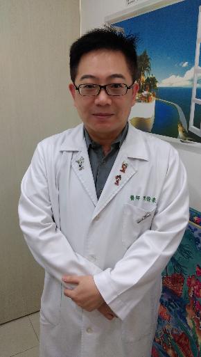 ▲碧潭診所院長陳俊豪指出,因母乳中含有核苷酸及涎酸,可增加寶寶體內免疫細胞及增強體內保護力,而羊奶中涎酸含量較牛奶高,加上天然核苷酸含量是牛奶的3倍。(圖/公關圖)