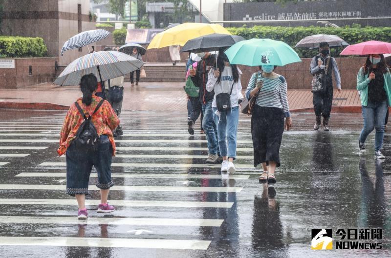 雨炸北北基宜 晚間發布大雨特報