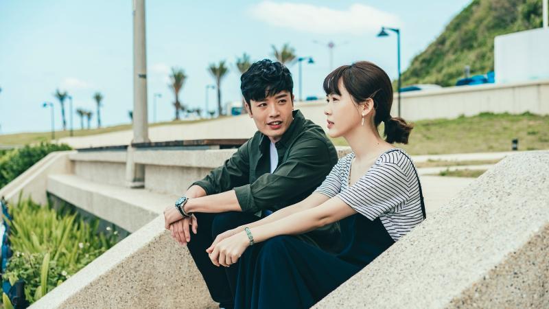 ▲林紹謙(左)在劇中對孫可芳有好感。(圖 / 華視提供)