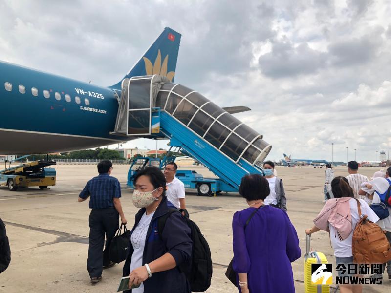 越南派<b>撤僑</b>包機來台 估5/29中午抵台接回367個人