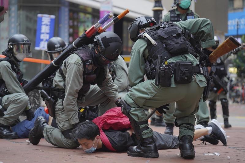 香港示威再起!白宮警告欲制裁北京 傳英相預備接收難民