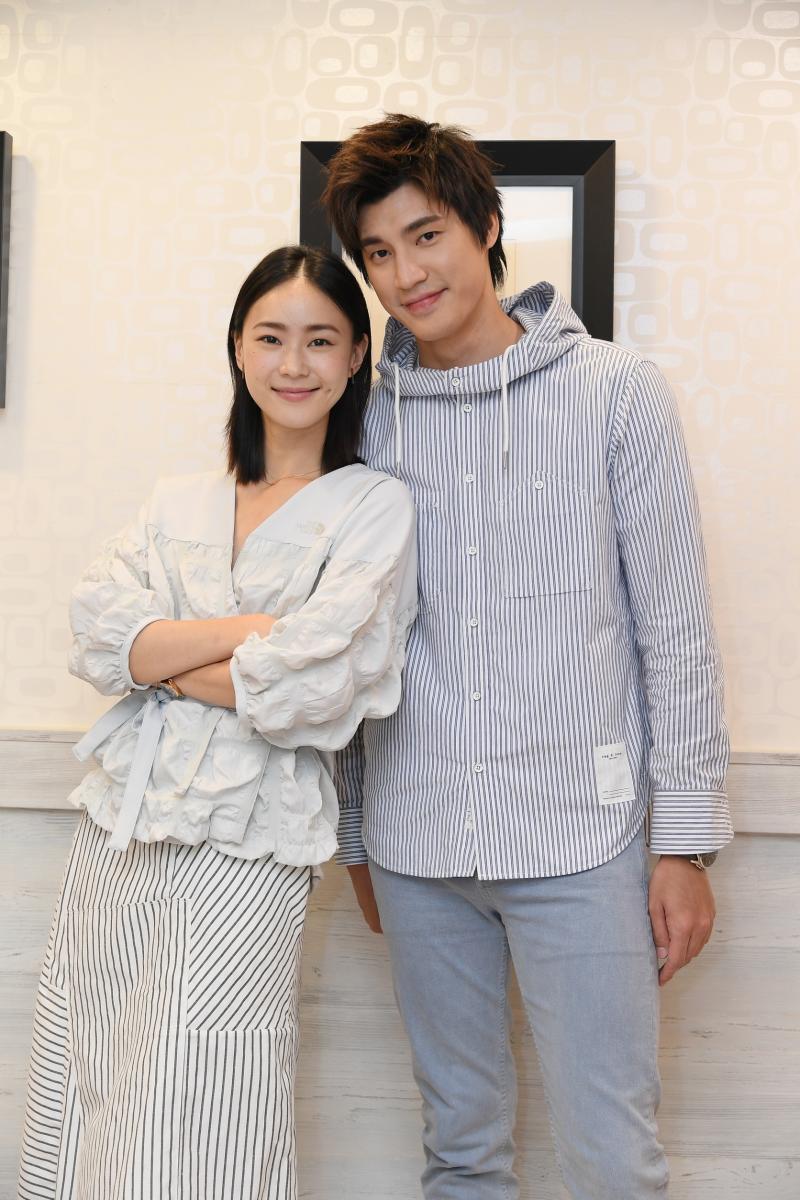 ▲羅宏正(右)、鍾瑶出席媒體餐敘。(圖