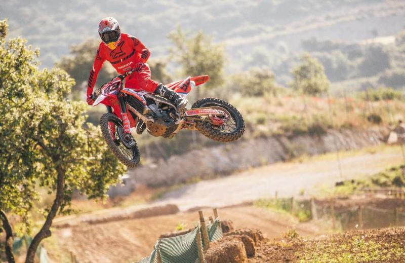全人類最速!MotoGP本田車隊馬奎茲兄弟受矚目
