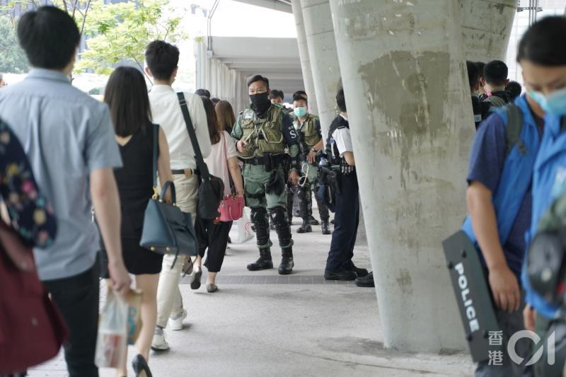 香港《國歌法》今二讀 網民發起三罷、下午擬再行示威