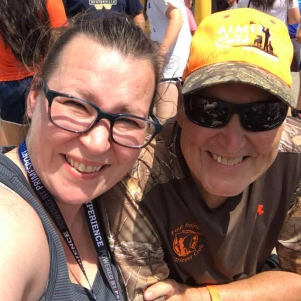▲丹尼爾(右)原本是一名消防員,因罹患胰腺癌而退休(圖/FB@Heather