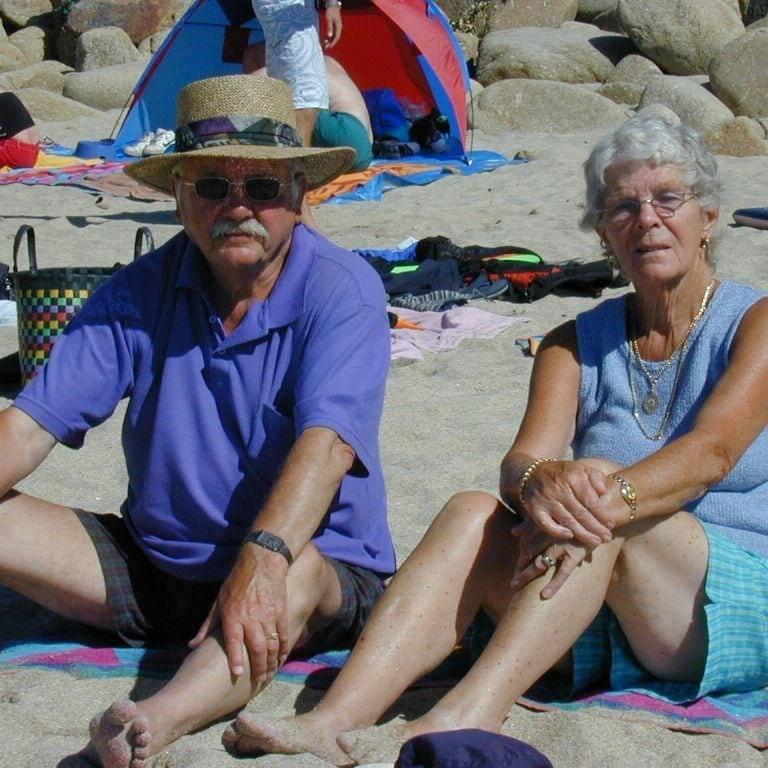 ▲英國老夫妻迪克(Dick)與瑾(Jean),結婚長達76年。(圖/翻攝Nicky