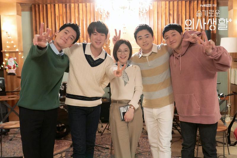 ▲▼《機智醫生生活》劇情溫馨感人。(圖/Netflix、tvN)