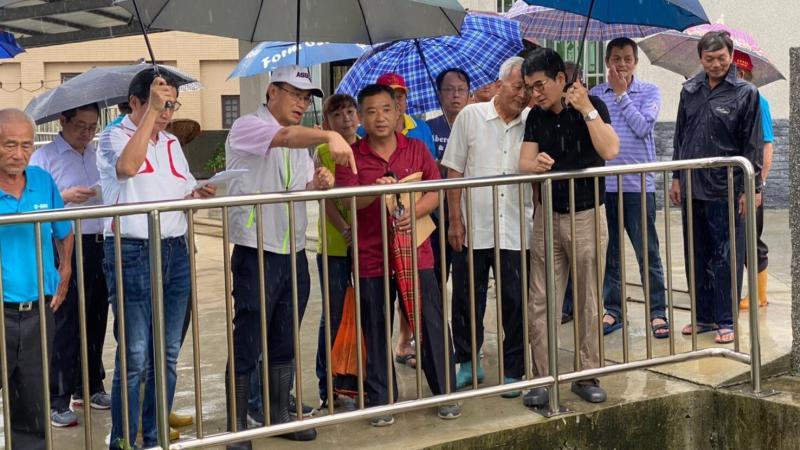 ▲主委陳吉仲當場要求農田水利會及水保局盡量在今年做好規劃,農委會將在經費上全力支持。(圖/記者蘇榮泉攝,2020.05.29)