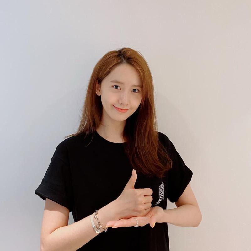 ▲▼潤娥(上)的表演讓「少女時代」成員驚嘆。(圖/潤娥IG)